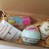 Birthday Pamper & WishString Gift Set | Clouds Online UK